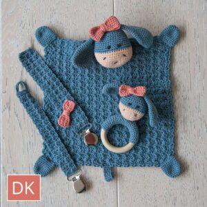 crochet Elly / Elliot baby kit dk pattern