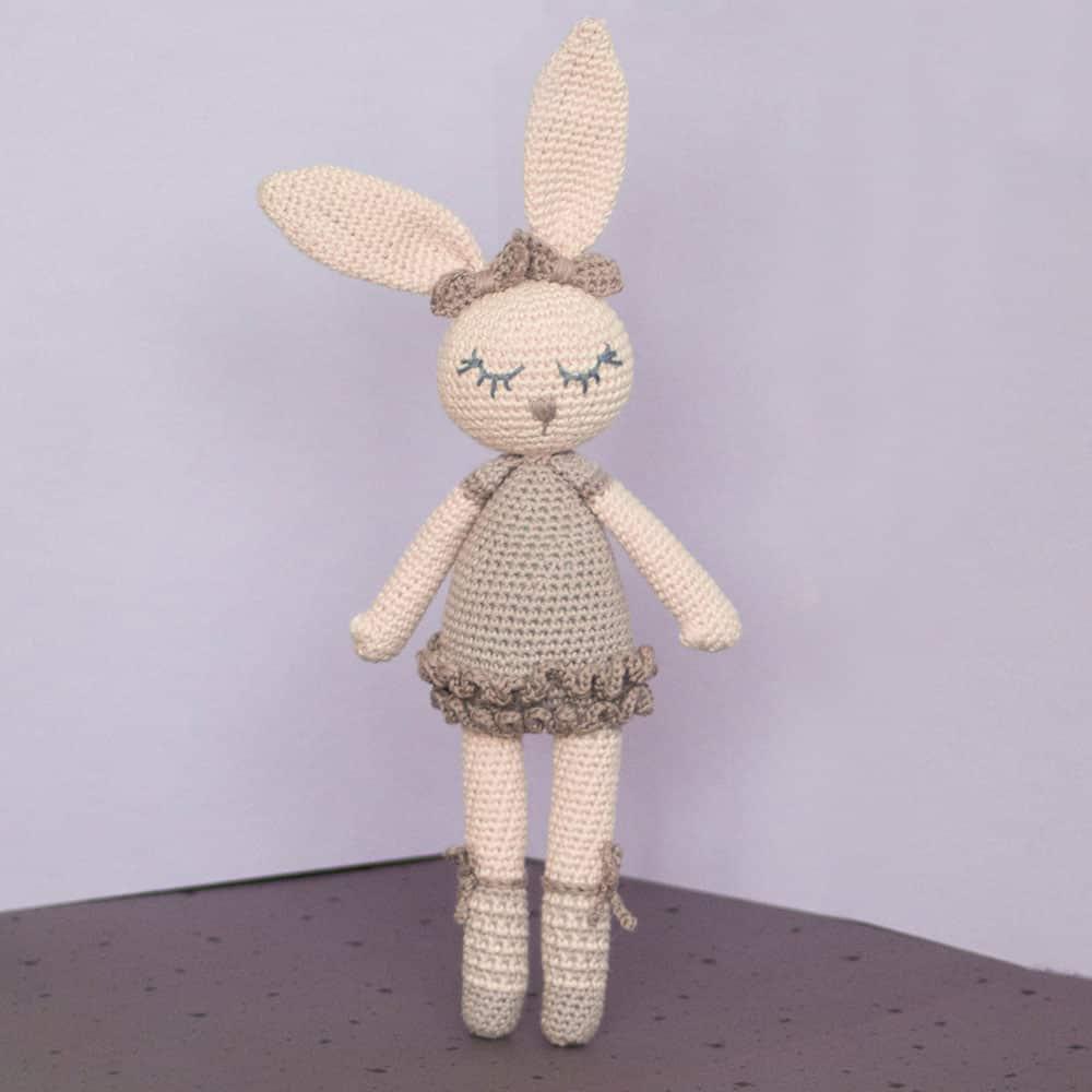 Heart & Sew: Ballerina Bunny - Free Crochet / Amigurumi Pattern   1000x1000